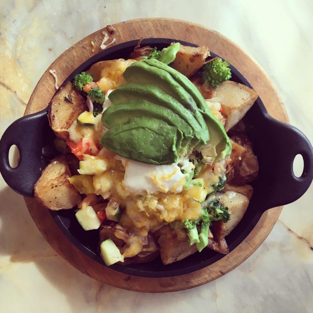 bella-bru-cheesy-breakfast-potatoes