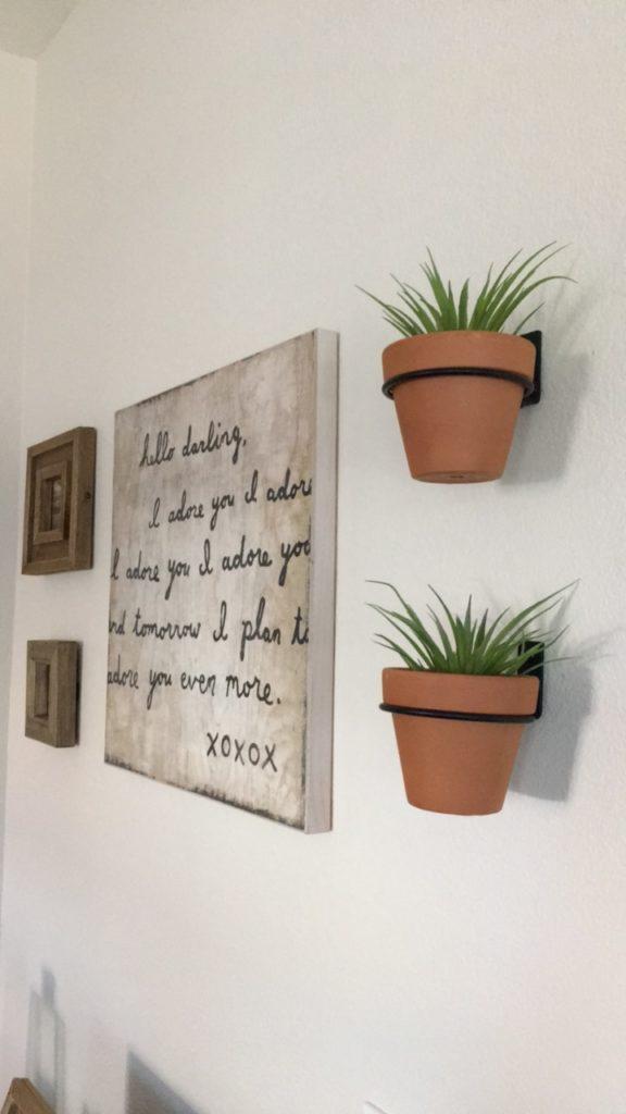 gallery-wall-decor-master-bedroom