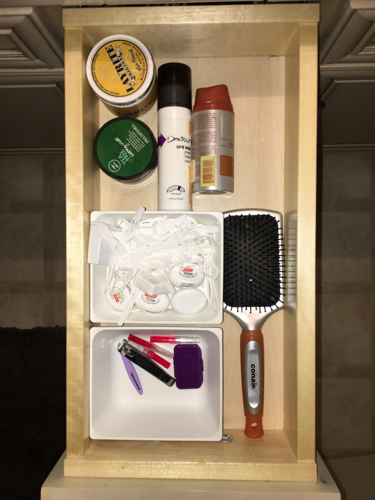 organized-bathroom-cabinets
