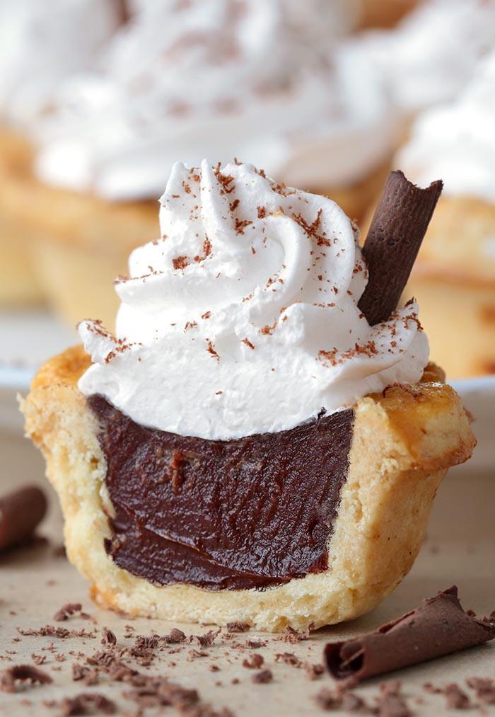 chocolate-cream-pie-bites
