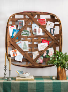 tobacco-basket-christmas-card-display