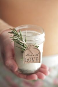 homemade-lavendar-rosemary-calendar-diy-hostess-gift