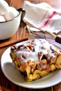 Cinnamon-Roll-French-Toast-Casserole