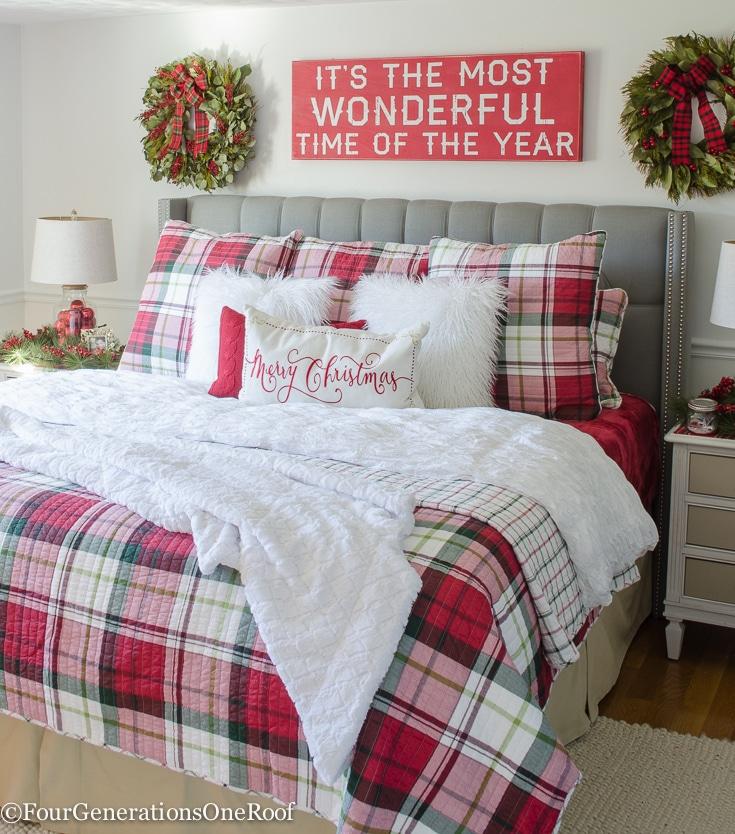 plaid-christmas-bedroom