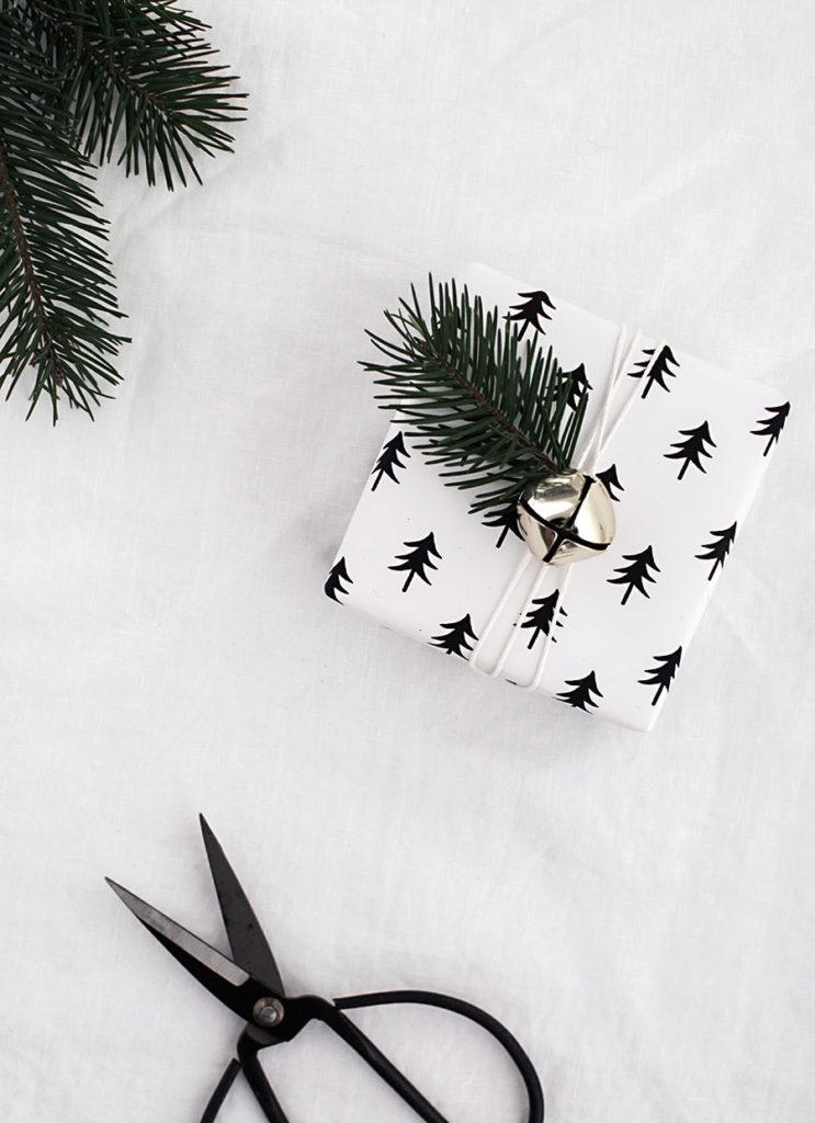printable-christmas-gift-wrap