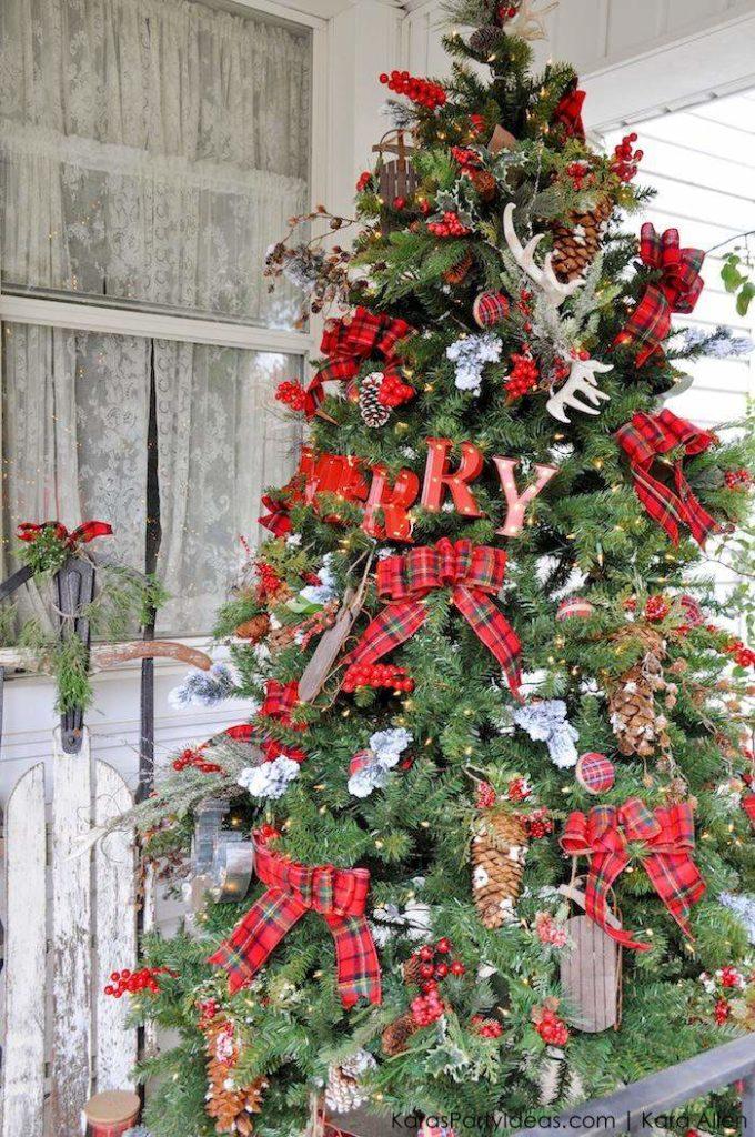 plaid-christmas-tree