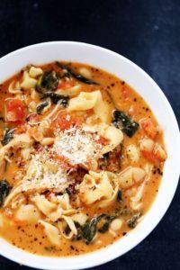 creamy-tortillini-garlic-soup